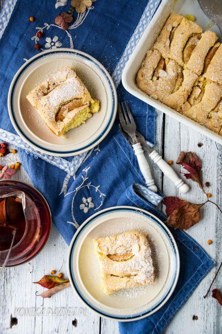 fotografia-kulinarna-biszkopt-z-jablkami