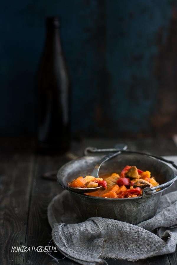 Magazyn KOCIOŁ – zupa gulaszowa z indyka