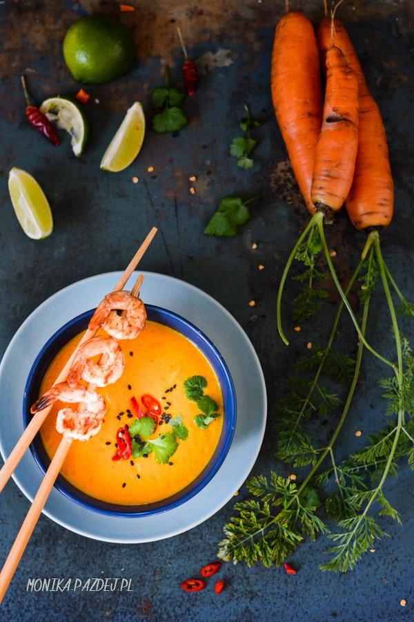 fotografia kulinarna-tajska zupa marchewkowa-2